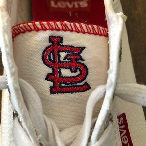 Levi's STL Cardinals White Canvas Sneakers 7.5